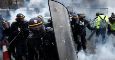 """اعتقالات واشتباكات بين الشرطة الفرنسية ومتظاهرى """"السترات الصفراء"""""""