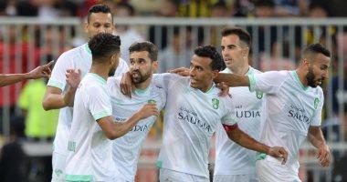 الأهلى يتحدي الرائد فى الدوري السعودي الليلة