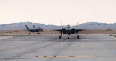 """رويترز نقلا عن قرقاش: الاتفاق مع إسرائيل يجب أن يزيل """"أي عقبة"""" أمام بيع إف-35 للإمارات"""