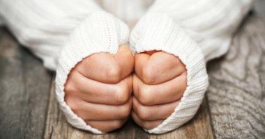 الشعور بالبرودة يسبب التعرق الشديد للمصابين بفريجوفوبيا ..اعرف السبب