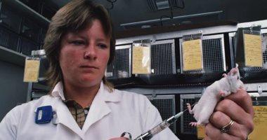 بعلماء ينجحون فى تحويل لقاح شلل الأطفال إلى مسحوق وحفظه فى درجة حرارة الغرفة
