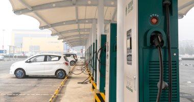 تسلا تعتزم فتح شبكة مكونة من 25000 محطة شحن للسيارات الكهربائية بنهاية العام
