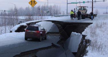 انهيارات أرضية فى آلاسكا بعد زلزال عنيف بقوة 7 درجات