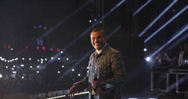 """عمرو دياب يحتفل مع نجوم الزمالك بـ"""" السوبر """".. والفرحة مستمرة بفندق الملكى"""