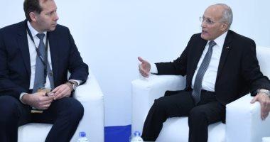 """""""العصار"""" يستقبل الكسندر بوتابوف لبحث مجالات التعاون مع الشركات الروسية"""