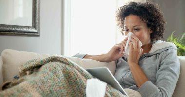 كيف تحمى نفسك والآخرين من نزلات البرد؟