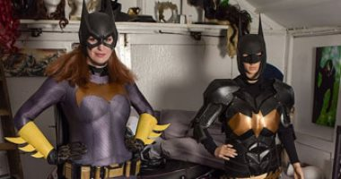 """مجنونة باتمان.. بريطانية تحول نفسها لـ""""المرأة الوطواط"""".. اعرف دفعت كام"""