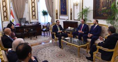 رئيس الوزراء يستعرض الخطط المستقبلية لشركة سيسكو في السوق المصرية