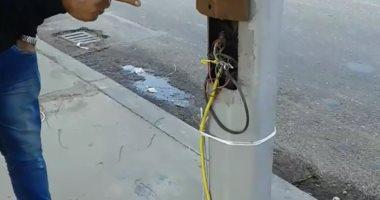 قارئ يشارك بفيديو يظهر سقوط أمطار فوق عمود كهرباء بالحى الـ6 بالعبور