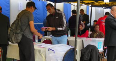 صور.. انطلاق عملية التصويت بانتخابات مركز شباب الجزيرة