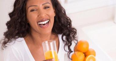 عصير البرتقال لتعويض نقص الكالسيوم