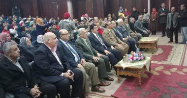 """محافظ القليوبية يطالب بتعميم مبادرة """"بنها حلوة بينا"""" على كل مدن المحافظة"""
