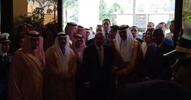 وصول رئيس هيئة السياحة والتراث الوطنى بالسعودية للإسكندرية.. صور