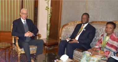 نائب وزير الخارجية يبحث مع مسئولى برنامج الغذاء العالمى سبل تطوير التعاون مع مصر