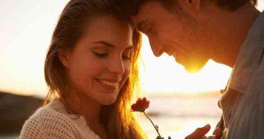 لو لسة بتفكرى.. 5 أسئلة هتساعدك تختارى شريك الحياة المناسب