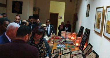 وزيرة الثقافة تتفقد مكتبة مصر العامة بمطروح على هامش مؤتمر أدباء مصر.. فيديو وصور