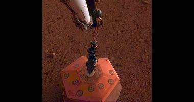 فيديو.. وكالة الفضاء الفرنسية تعلن رصد أول زلزال على سطح المريخ