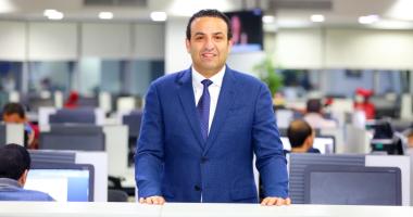 متاخدش معلوماتك من الإنترنت.. دكتور شادى على حسين يصحح شائعات عن زراعة الأسنان