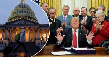 نيويورك تايمز: الديمقراطيون يسعون لعزل ترامب بعد مكالمة رئيس أوكرانيا