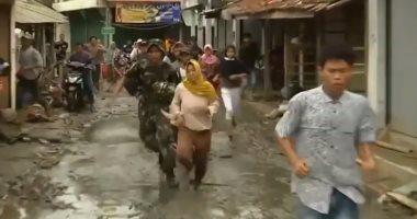 مصرع 6 أشخاص إثر وقوع انزلاقات أرضية بوسط أندونيسيا