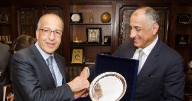 محافظ البنك المركزى المصرى يبحث مع نظيره الليبى تدعيم التعاون المشترك