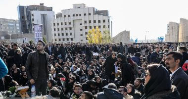 شاهد فى دقيقة.. 40 سنة مواجهات..10  محطات فى تاريخ ثورة إيران