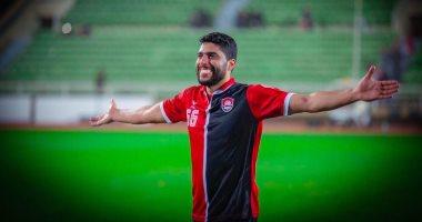 محمد عطوة أساسيا فى مباراة الهلال ضد الرائد بالدورى السعودى