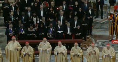 بث مباشر.. البابا فرنسيس يترأس قداس العام الميلادى الجديد