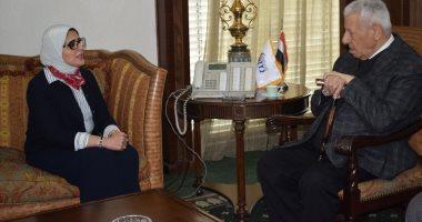 """رئيس """"الأعلى للإعلام"""" يستقبل وزيرة الصحة.. ويؤكد: ندعم حملة 100 مليون صحة"""