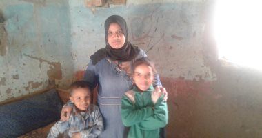 فيديو وصور.. مطلقة تحتاج معاشا وتناشد محافظ سوهاج إلحاق ابنتها بالمدرسة