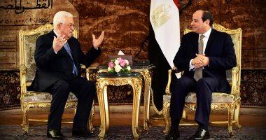 أبو مازن يزور القاهرة غدا للقاء الرئيس السيسى