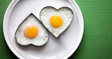دراسة: تناول 3 بيضات أسبوعياً يرفع خطر أمراض القلب بنسبة 6% والوفاة المبكرة