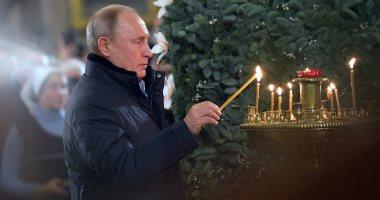 الرئيس بوتين يحضر قداس عيد الميلاد فى إحدى كنائس بطرسبورج