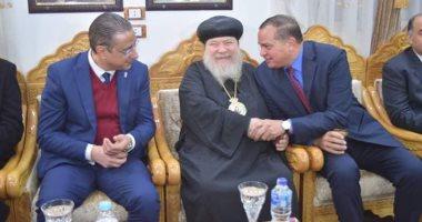 محافظ سوهاج ورئيس الجامعة يقدمان التهنئة بعيد الميلاد فى مطرانية مار جرجس