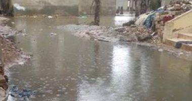 قارئ يطالب بحل مشكلة الصرف الصحى ببرج مغيزل بمحافظة كفر الشيخ