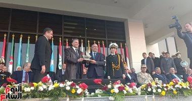 وزير النقل: نرحب بالقطاع الخاص لدعم الأسطول البحرى ورفع العلم المصرى