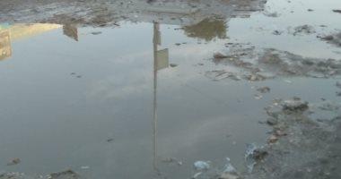 قارئ يشكو انتشار القمامة ومياه الصرف الصحى بالمجاورة 9 بالسادس من أكتوبر