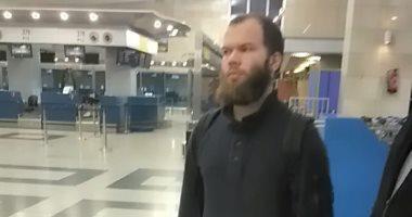فيديو وصور.. ترحيل ألمانى من مطار القاهرة وضبط آخر لانتمائهما لتنظيم داعش الإرهابى