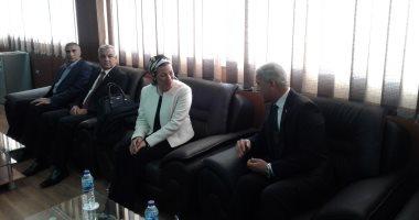 صور .. محافظ المنوفية يستقبل وزيرة البيئة لافتتاح مشروع إعادة تدوير البطاريات