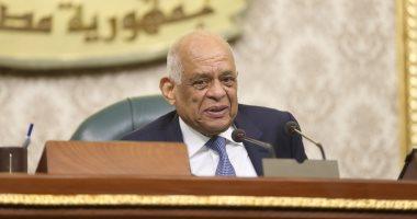 رئيس البرلمان يزور الكنيسة المصرية بالكويت.. ويؤكد: السيسى أخرج البلاد من الظلمات للنور