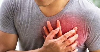 9 علامات تنذرك بأزمة قلبية.. اعرفها واحمى نفسك