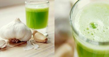 صحتك فى وصفة.. استخدم عصير الثوم والبقدونس لتقوية مناعتك ومكافحة الأمراض
