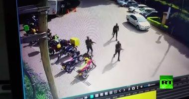فيديو... كاميرا مراقبة ترصد لحظة الهجوم على فندق فى العاصمة الكينية نيروبى