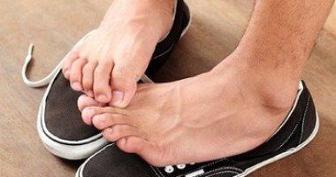 علاج فطريات القدم بطرق عديدة منها الأدوية والوصفات المنزلية