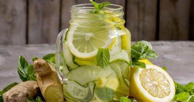 صحتك فى وصفة..  ديتوكس الزنجبيل والتفاح والليمون لطرد السموم من الجسم