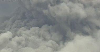 صور.. ثوران بركان فى جنوب اليابان ينفث حمم بركانية وغازات شديدة الحرارة