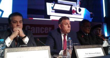 وزير التعليم العالى ورئيس جامعة عين شمس يفتتحان مؤتمر الدولية للأورام
