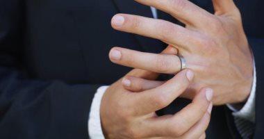 فى اليمين أو الشمال.. اعرف صفاتك الشخصية من طريقة ارتداء الخاتم