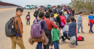 تكدس كبير للمهاجرين على الحدود الأمريكية المكسيكية
