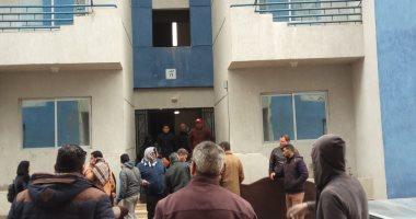 صور.. محافظ بورسعيد: الانتهاء من تسكين 56 أسرة بمشروع الـ44 عمارة